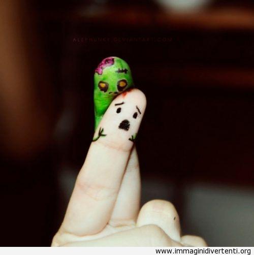 Giocare da solo con le dita immaginidivertenti.org