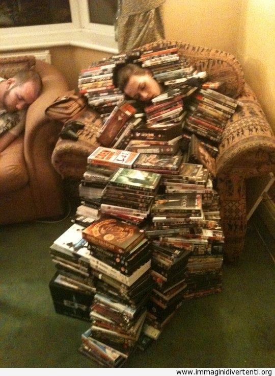 Quando qualcuno dorme ad una festa questa è la cosa migliore da fare immaginidivertenti.org