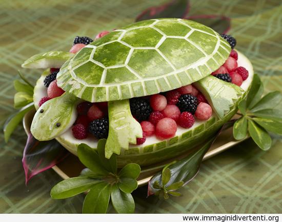 Ciotola di frutta di anguria immaginidivertenti.org