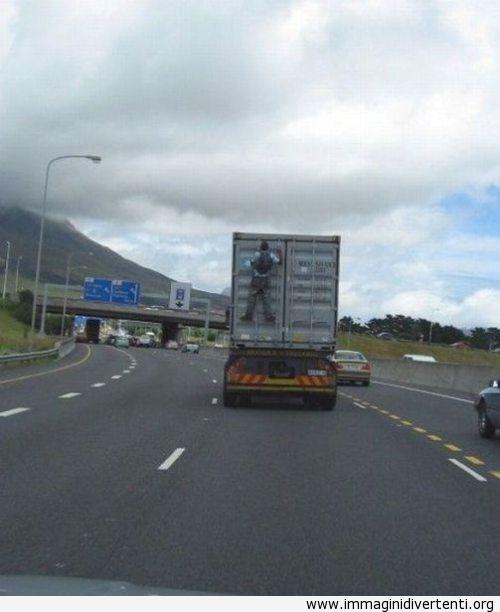 Ecco come risparmiare i soldi di trasporto nei tempi di crisi immaginidivertenti.org