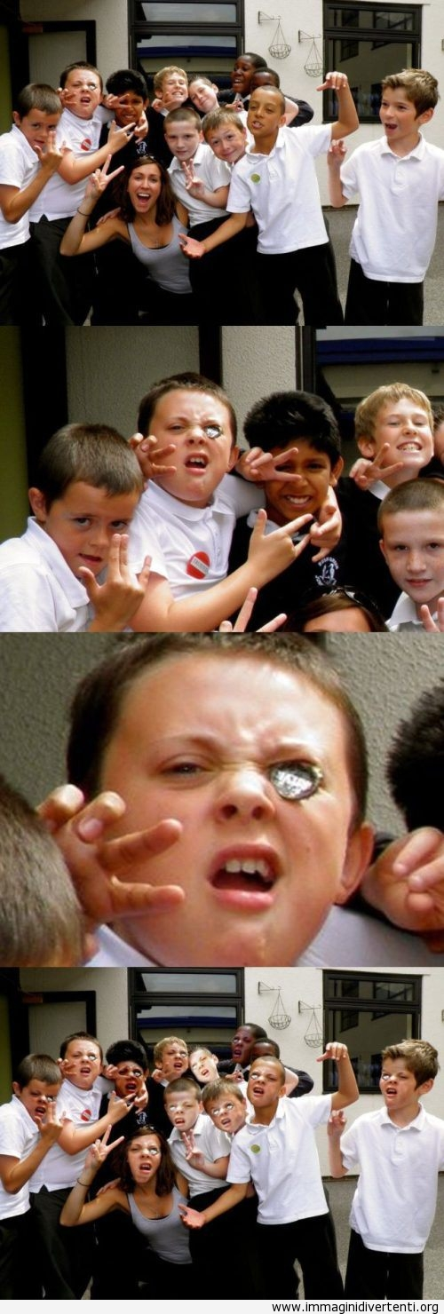 Una divertente foto con il tappo di birra immaginidivertenti.org