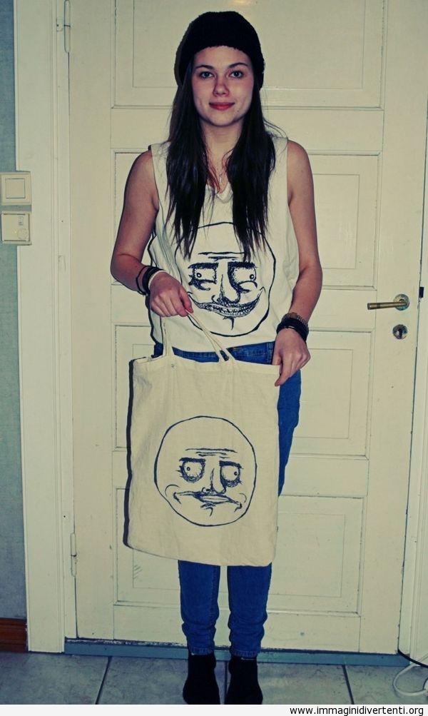 Maglietta e borsa accoppiata immaginidivertenti.org