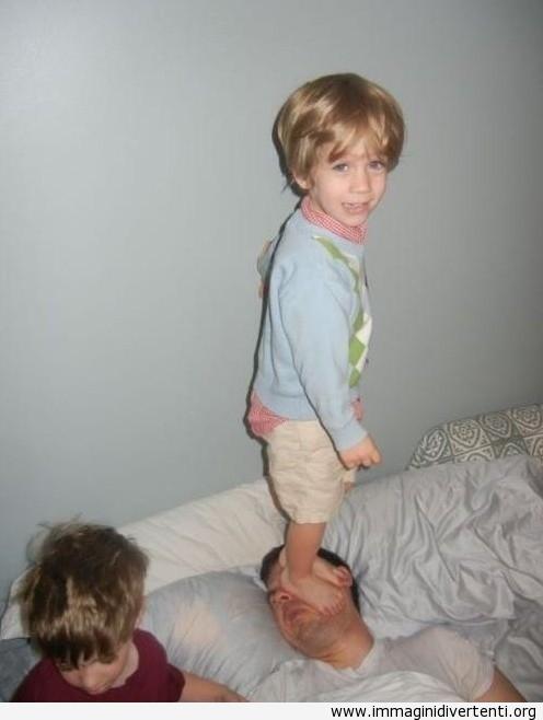 Mamma, mio padre sta dormendo? immaginidivertenti.org