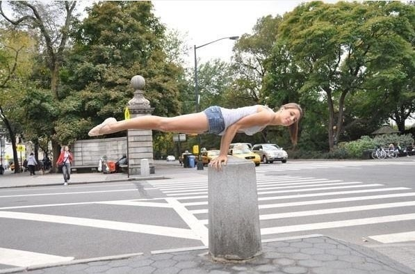 Planking - lei sta facendo bene! immaginidivertenti.org