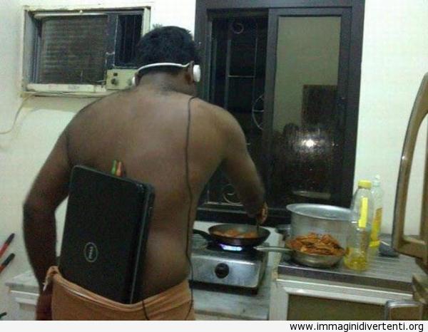 Il cuoco con il suo iPod immaginidivertenti.org