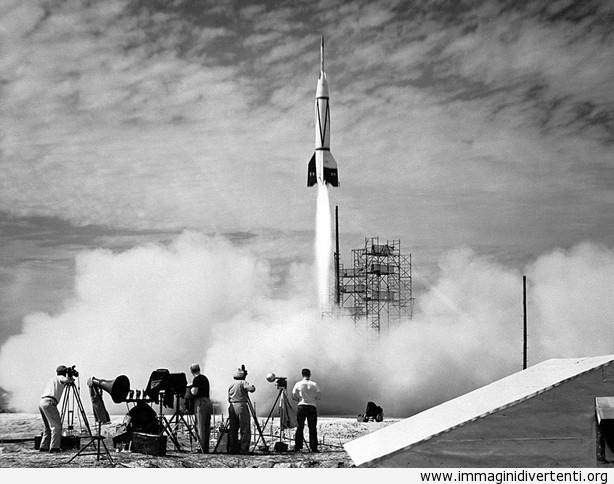 Il primo lancio di un razzo da Cape Canaveral 1950 immaginidivertenti.org