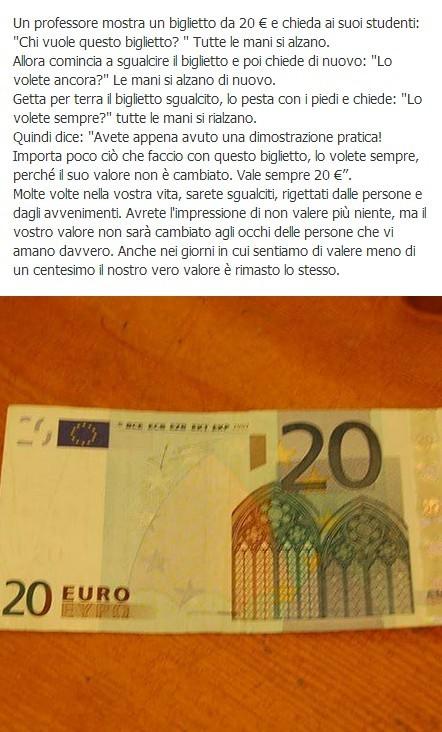 Un professore mostra un biglietto da 20 € immaginidivertenti.org